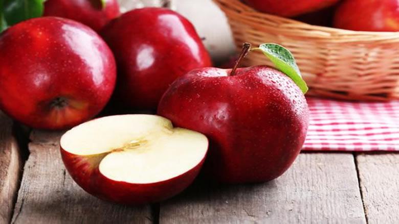 كشف سر فائدة تناول تفاحة واحدة يوميا