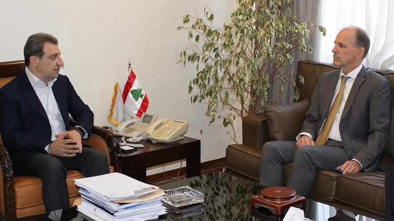 ابو فاعور بحث وسفير هولندا في تطوير مشاريع صناعية وتنموية