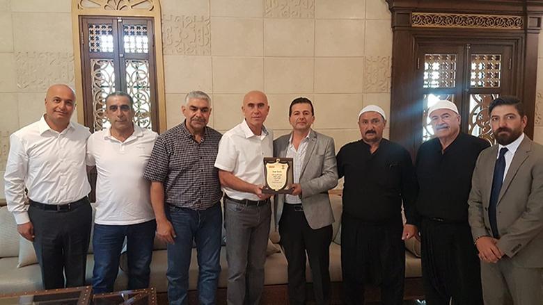 بلدية عيحا تكرم نضال أبو لطيف رئيس شركة avaya الدولية تقديرا لانجازاته في مجال الاتصالات