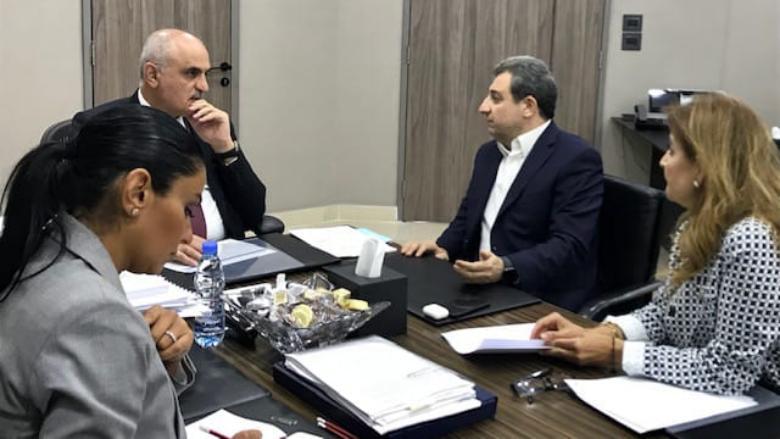 خليل عرض مع ابو فاعور موضوع صناعة الدواء في لبنان والتقى رئيس جمعية الصناعيين