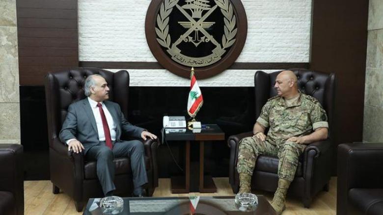 أبو الحسن زار قائد الجيش وثمّن الدور الوطني المسؤول للمؤسسة العسكرية