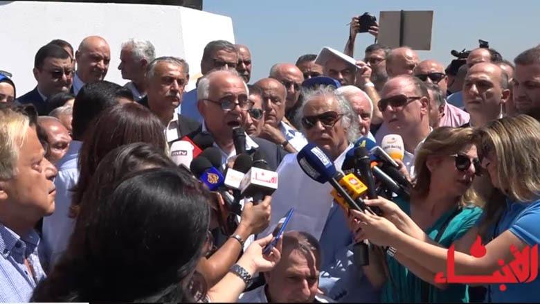 #فيديو_الأنباء: صرخة من نوع آخر... معتصمون للمرة الأولى في ساحة الشهداء