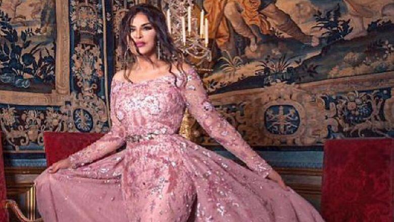 أحلام الشامسي بفستان لمصمم لبناني!