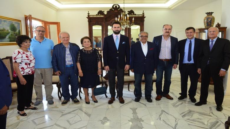 النائب جنبلاط في الدامور والمشرف: زيارة لايلي عون وغداء تكريمي من يوسف عون