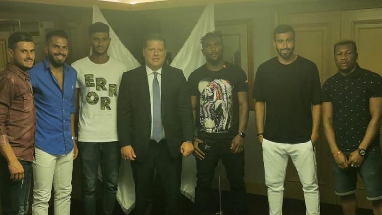 نادي الراسينغ وقع عقودا مع 9 لاعبين جدد فرنيني: القلعة البيضاء ستعود من أهم الفرق
