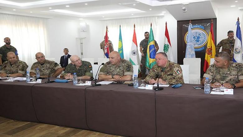 قائد الجيش زار قيادتي القطاعين الشرقي والغربي في اليونيفيل