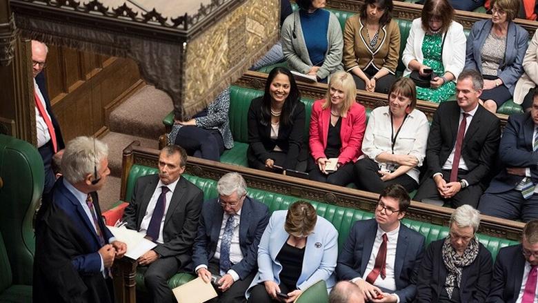 البرلمان البريطاني يستأنف أعماله بعد هزيمة جونسون القضائية
