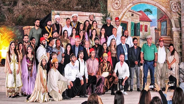 """مسرحية """"صيف 840"""" على مسرح بلدة دير كوشه"""