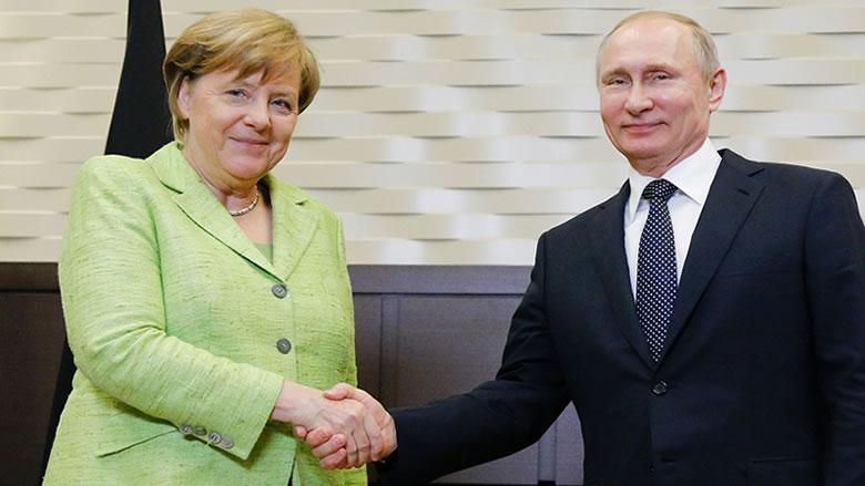 بوتين: حان الوقت لإجراء محادثات السلام الليبية في برلين