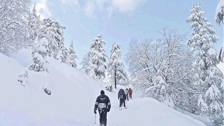 نهار الرياضات الثلجية في محمية إهدن