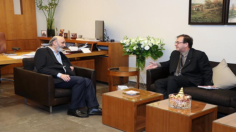جعجع عرض والسفير الفرنسي التطورات في لبنان والمنطقة
