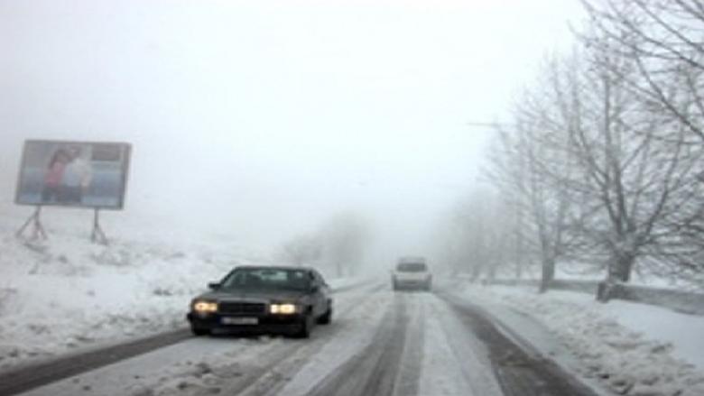 الثلوج تغمر قرى العرقوب وتعزلها عن قضاء حاصبيا