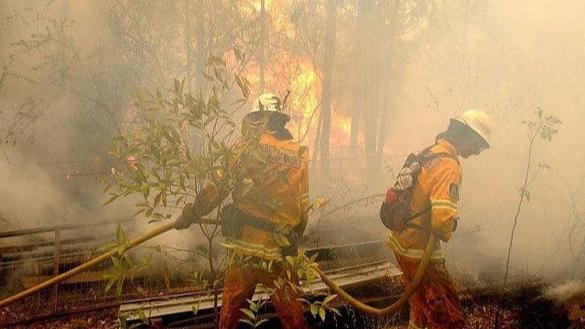 الإنفجارات المتنقلة والحرائق تعمّق مأساة اللبنانيين