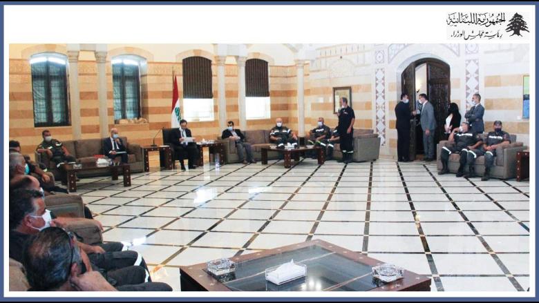 دياب بحث مع وفد من متطوعي الدفاع المدني في مطالبهم