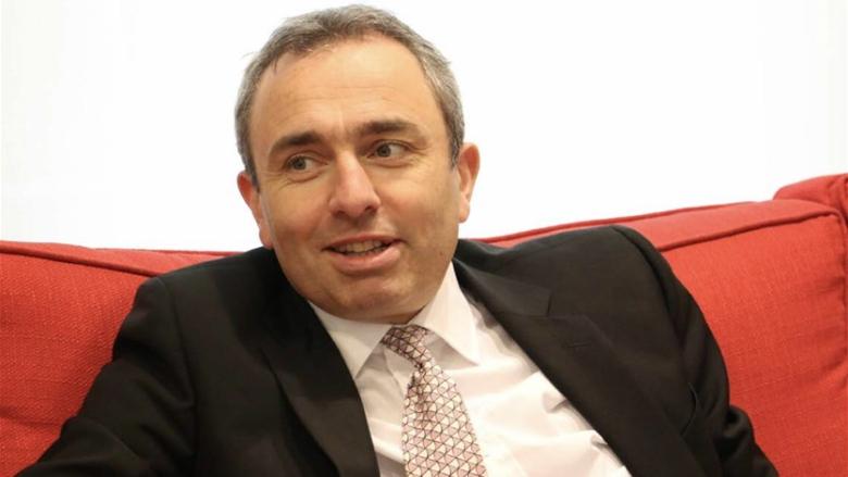 السفير البريطاني: على لبنان أن يجد طريقه للعودة إلى الإستقرار والإزدهار