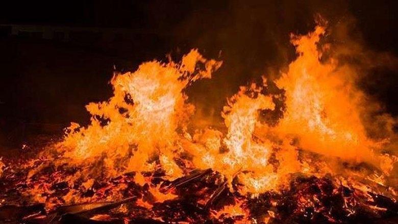 حريق على أوتوستراد الشماع في صيدا... وتخوّف من توسّع رقعته