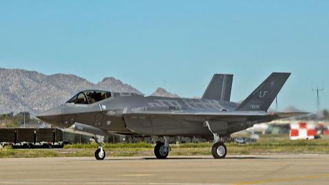 البيت الأبيض سيمضي ببيع طائرات أف-35 إلى الإمارات.. وتعليق من نتانياهو
