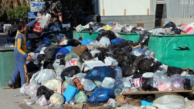 420 مليون دولار كلفة إدارة النفايات في لبنان: 1000 مكبٍ و19 معملاً بلا جودة!