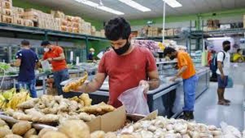 """خطر إصابة عمال متاجر البقالة بـ""""كورونا"""" مرتفع"""