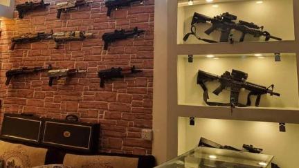 قبل الإنتخابات الأميركية.. إقبال على شراء السلاح