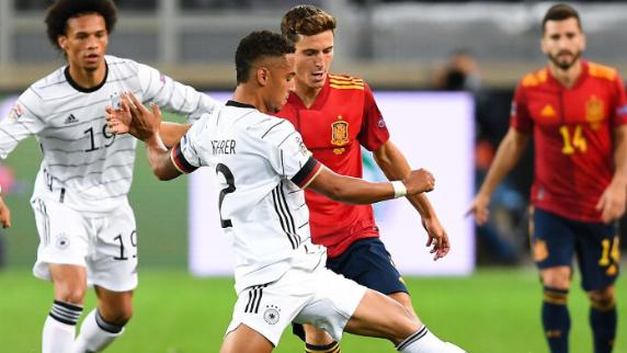 ألمانيا ضيفة إسبانيا في مباراة حياة أو موت