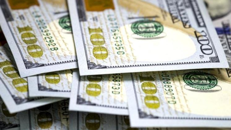 إرتفاع إضافي في سعر الصرف.. إقترب من الـ8000 ليرة