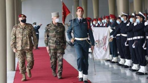 رئيس أركان الجيوش الفرنسية في اليرزة