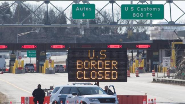 تمديد إغلاق الحدود الأميركية مع كندا والمكسيك للحد من الوباء