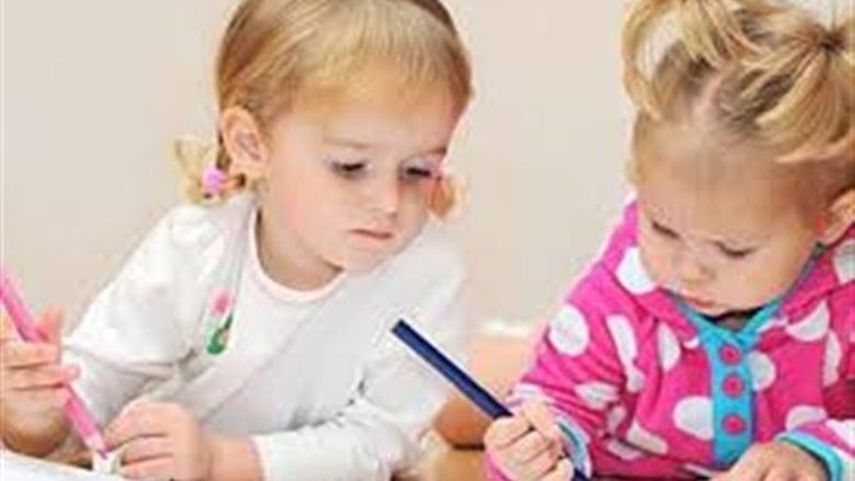 أضرار أكل أقلام الرصاص على الأطفال .. ضعف الذاكرة أخطرها