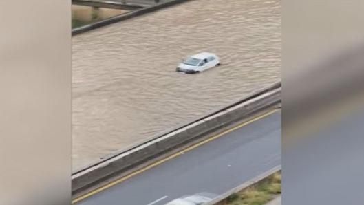 بالفيديو: تجمّع لمياه الأمطار عند نفق نهر الكلب