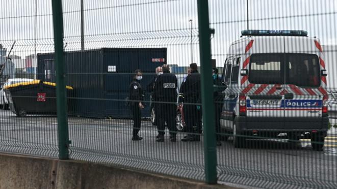 مثول 4 عناصر شرطة فرنسيين أمام القضاء.. وهذه التهمة