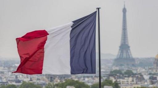 زخم المبادرة الفرنسية يتراجع ومغادرة خليجية صامتة