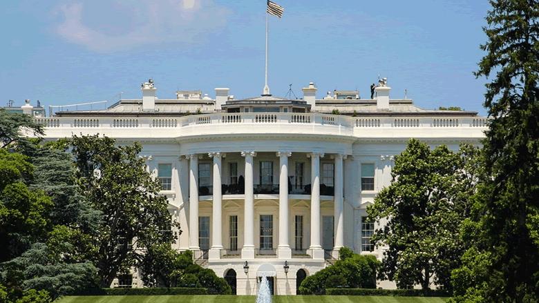 برنامج حافل للمائة يوم الأولى في البيت الأبيض