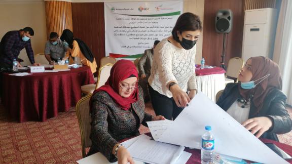 """دورات تدريبية لمؤسسة """"الفرح الاجتماعية"""" في العراق"""