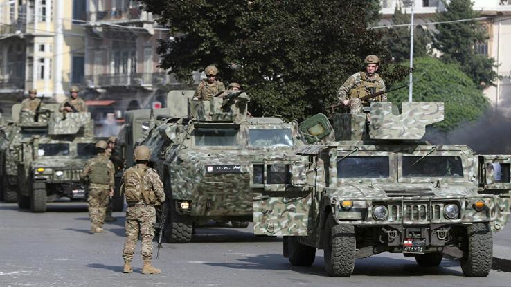 في غضون شهر.. الجيش يوقف 520 شخصا ويضبط 90 سلاحا حربيا