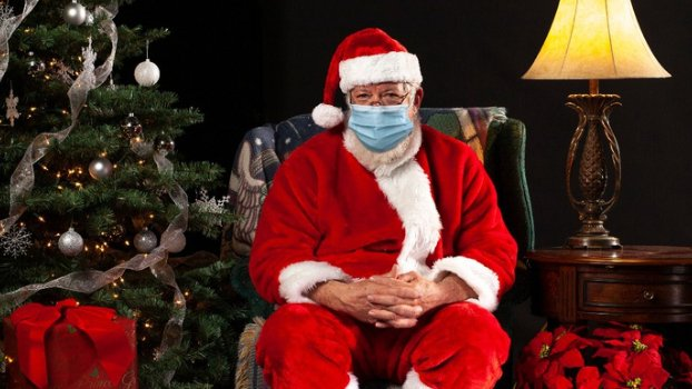"""ميلاد من دون هدايا.... و""""بابا نويل"""" محجور!"""