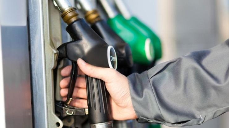 الدعم سيُرفع.. وسعر صفيحة البنزين إلى 55 ألف ليرة