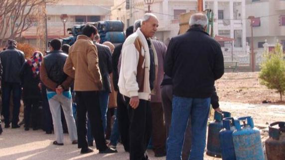 مناطق تعاني نقص الغاز.. الكميات تنفذ وتخوّف من رفع الأسعار