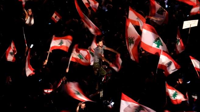 حلم راود اللبنانيين.. وأي حلم؟!