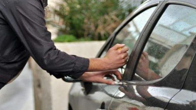سرقة أموال وسيارة في حاصبيا
