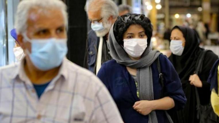 الإيرانيون يرفضون تلقّي اللقاح المحلّي: مررنا بما يكفي