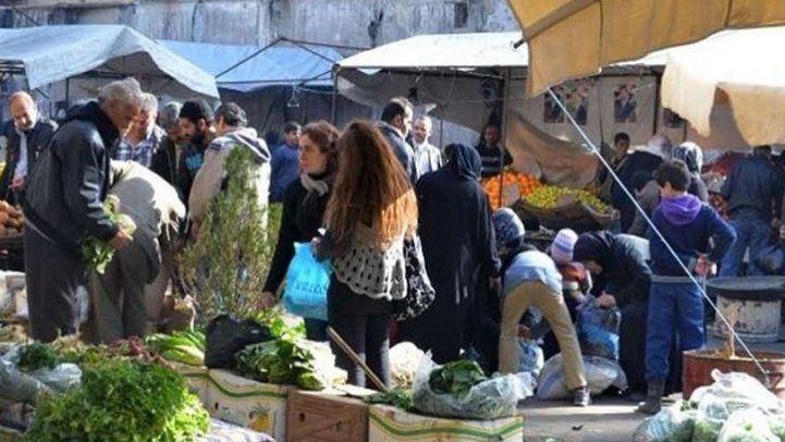 """""""واشنطن بوست"""": الأزمة الإقتصادية في سوريا تتفاقم.. وسوق سوداء جديدة"""