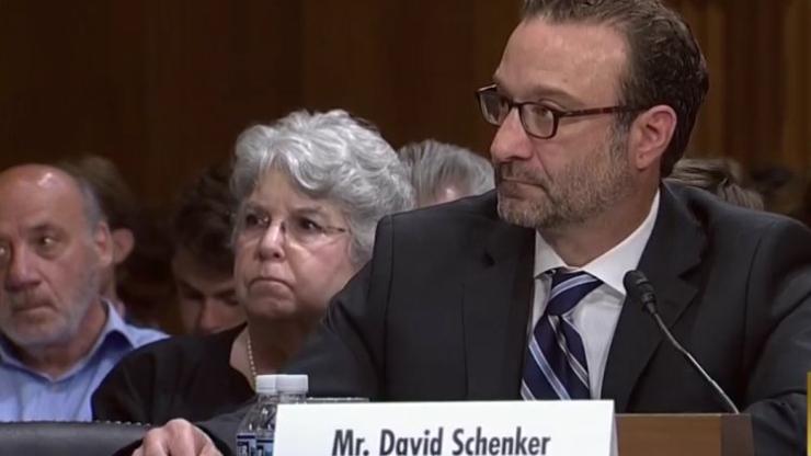 """شينكر وعد بـ""""هدية وداعية"""".. مصادر دبلوماسية لـ""""المركزية"""":  عقوبات جديدة الأسبوع المقبل"""