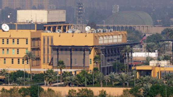 واشنطن تخفّض عدد الدبلوماسيين العاملين في سفارتها ببغداد