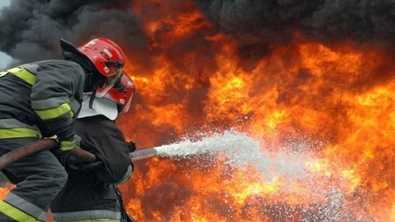 إخماد حريق داخل شاليه في فاريا - كسروان
