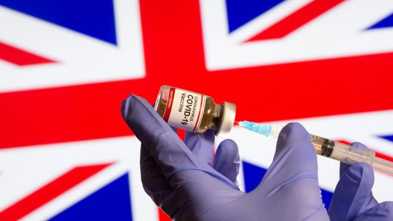 بريطانيا تستعد لطرح لقاح فايزر لكوفيد-19 هذا الأسبوع