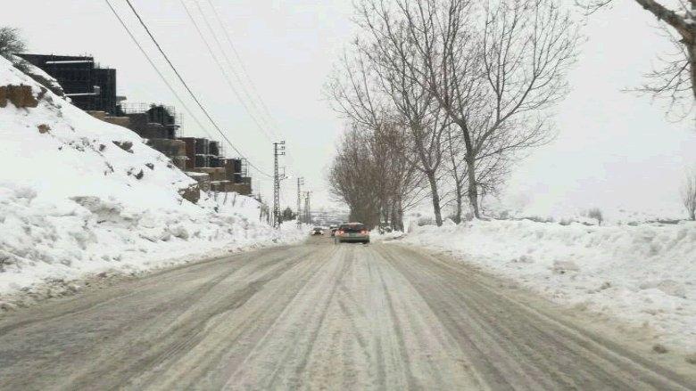 الجليد يقفل الطرق في عاليه والمتن الأعلى