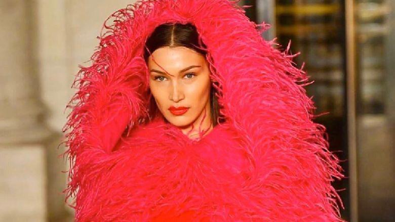 بيلا حديد تختتم عرض أزياء أوسكاد دي لا رينتا في نيويورك!