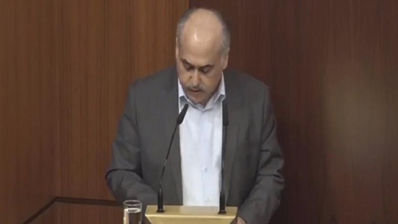 أبو الحسن: اللقاء الديمقراطي لن يمنح الثقة للحكومة لإيمانه بعدم قدرتها على الإصلاح