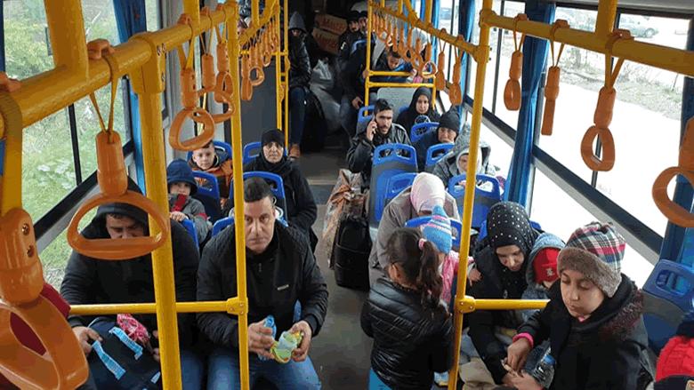 عودة طوعية لدفعة جديدة من النازحين السوريين من مناطق الشمال